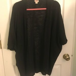 Mossimo black cocoon shrug
